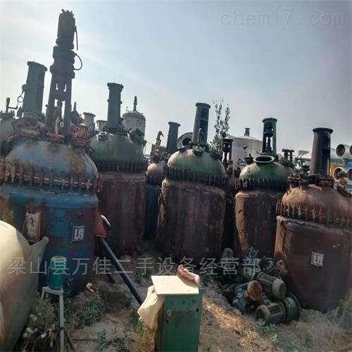 工厂闲置1吨搪瓷反应釜多台出售