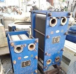 二手50平方不锈钢列管冷凝器