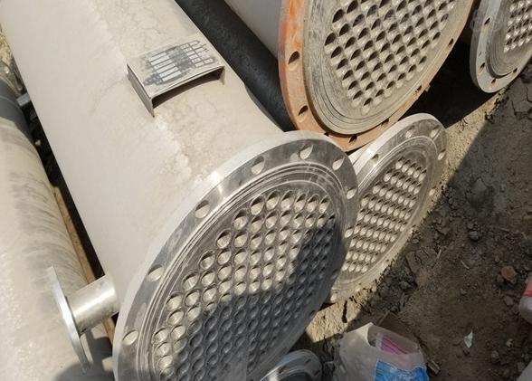 二手50平方不锈钢列管冷凝器的安装流程