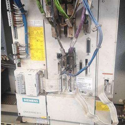 帮你修好西门子810D加工中心轴控制器显示1死机