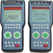 高精度电压/电流发生器
