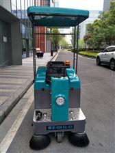 新農村用電動駕駛式掃地車